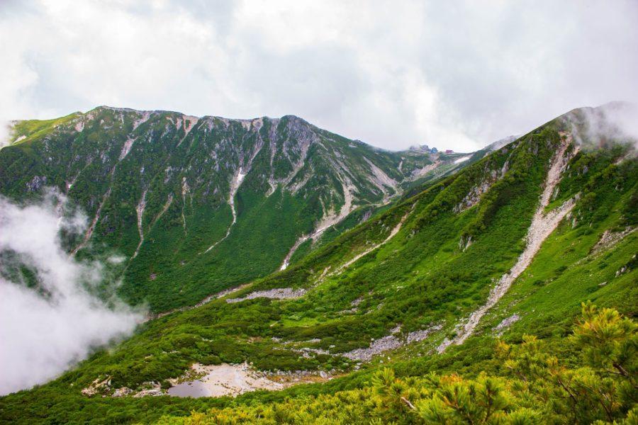稜線からの景色