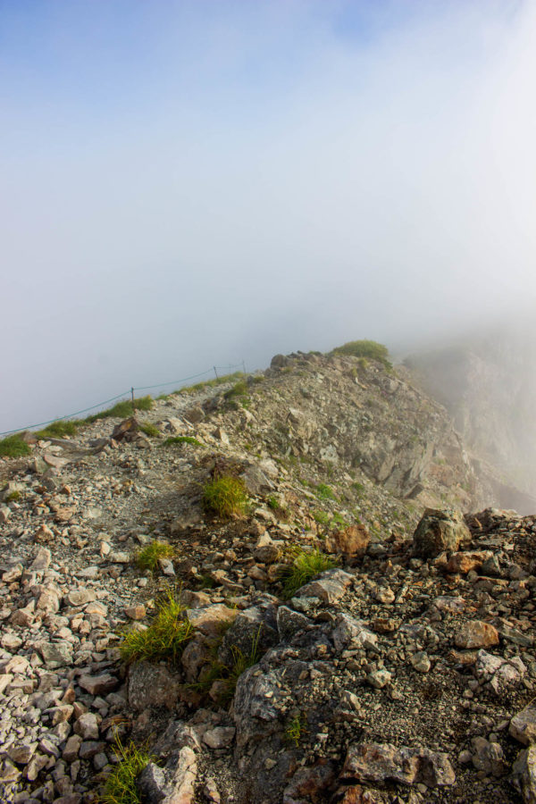 小蓮華山へ続く稜線